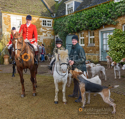 Chris Edwards, Archie and Angus Smales at the meet. The Cottesmore Hunt at Pickwell 31/12