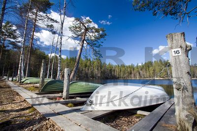 Rentals boats in Evo National Hiking Area