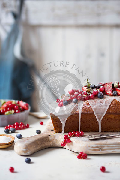 Loaf cake with red berries