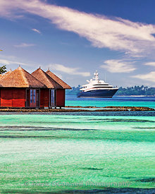 Superyacht  Wheels Maldives