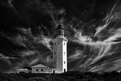 lighthouse_bw_fstop_alt_crop
