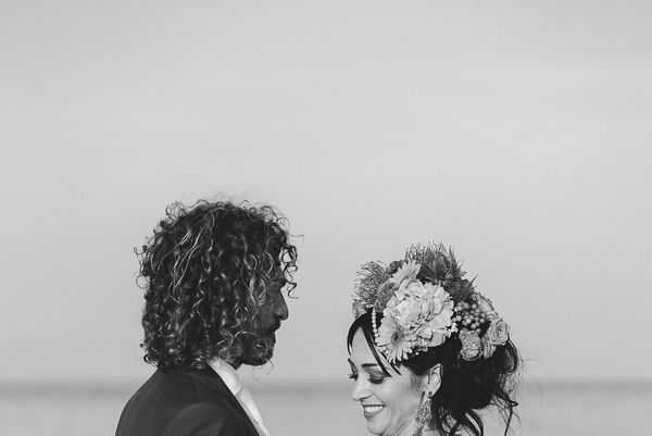 093-simone-martina-hawaiian-wedding-villa-anitori-marche