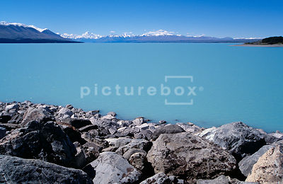 Lake Pukaki , New Zealand.