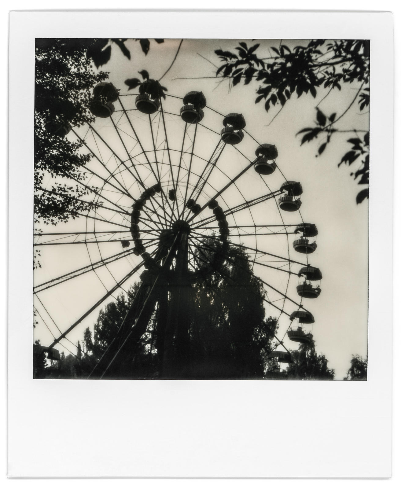 photo-polaroid-tchernobyl-chernobyl-24