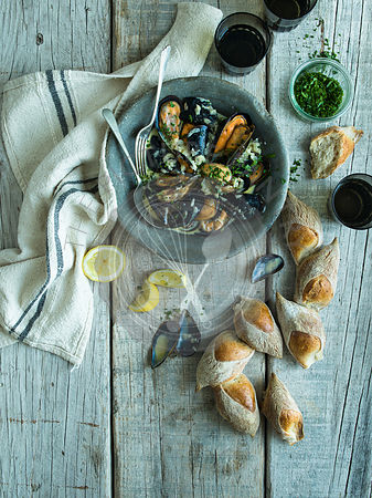 Steamed Mussels, bread and red wine