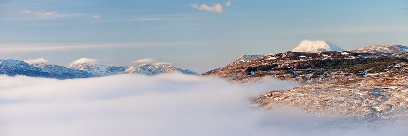 Panoramic view of Ben Lomond above mist