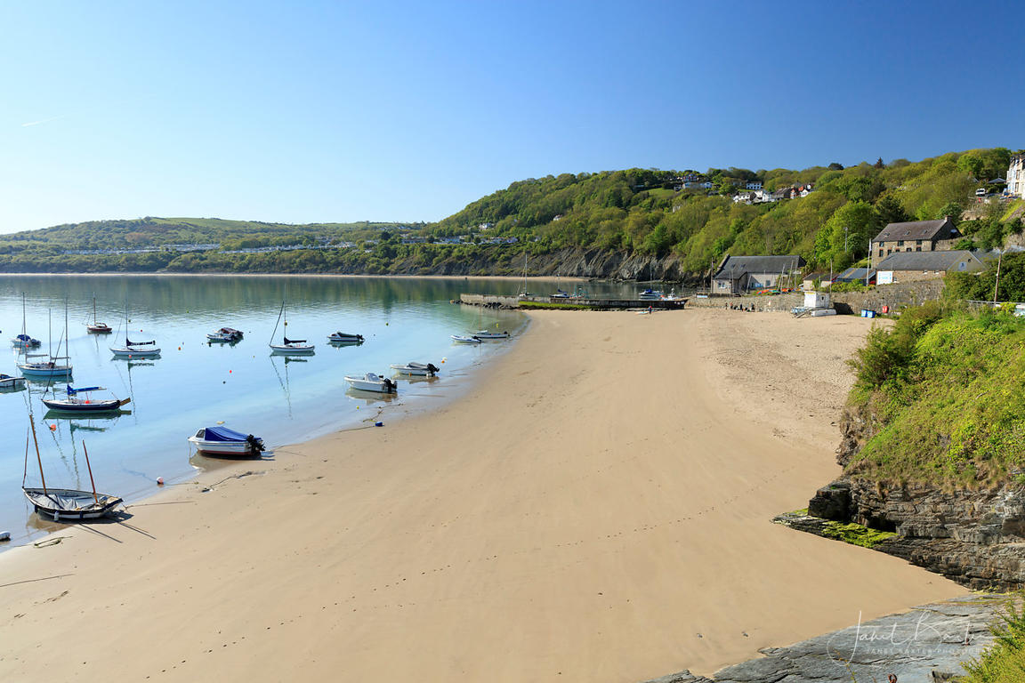 New Quay Harbour beach