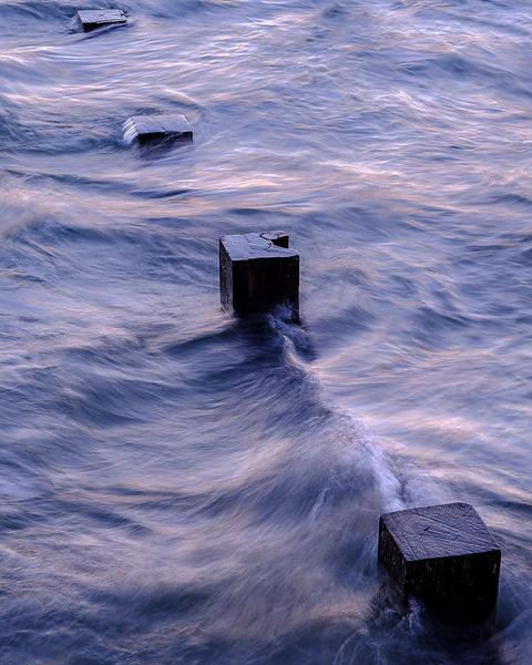 Tidal_flow_in_twilight_-_Exmouth