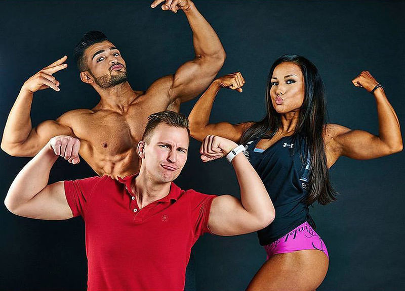 duckfaces-peter-sebastian-sherko-eliassi-johanna-hermans-flexing-making-of-peters-photo-studio