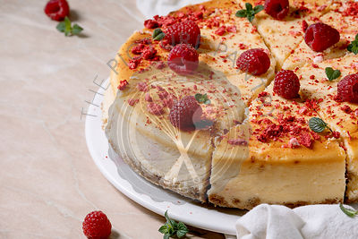 Raspberry baked cheesecake