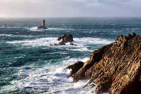 France, Finistère (29), Mer d'Iroise, Cap Sizun, Plogoff, la Pointe du Raz, Classé Grand Site National, phare de la Vieille
