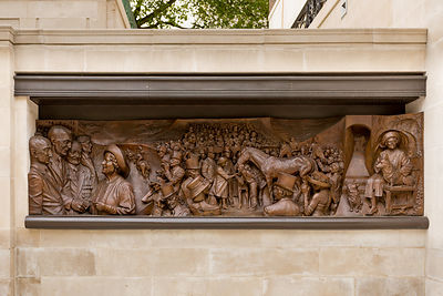 Bronze relief at the George VI and Queen Elizabeth Memorial
