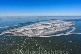 Luchtfoto Marker Wadden in de winter