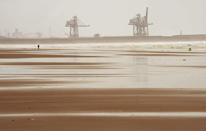 Picture by Liz Pearce. Media Wales. 120911..Weather. Storms hit Aberavon Beach, Port Talbot.
