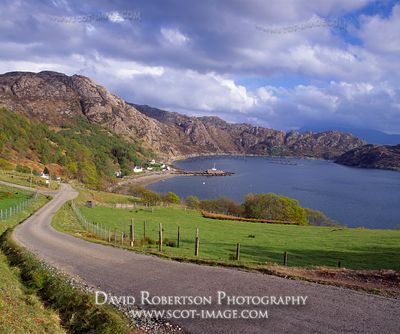 Image - Lower Diabaig, Torridon, Village and road