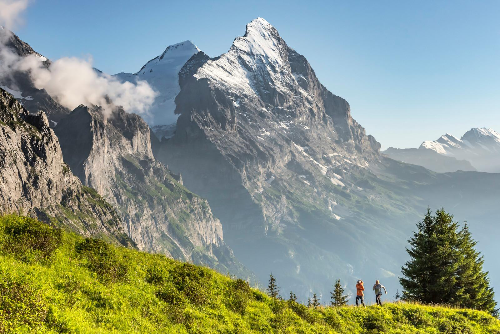 Trail running in Grindelwald with Claudia Schroegel & Jessica Summerling