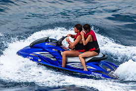 Jet Ski T/T Greta or Look no Hands!