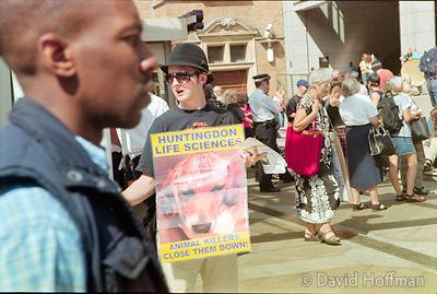 Animal rights protest against experiments on live animals by Huntingdon Life Sciences, London..22 Aug 2001.