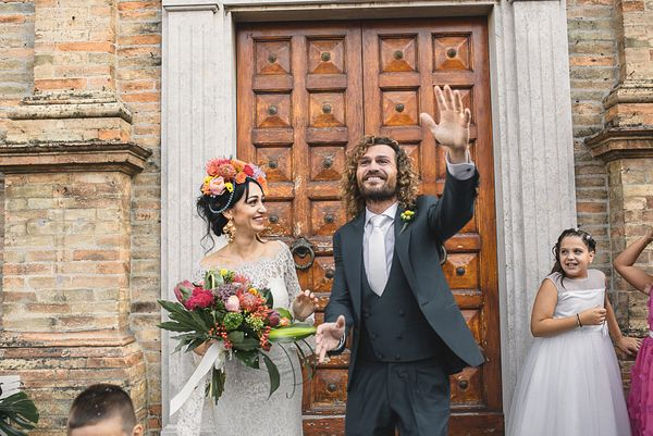 067-simone-martina-hawaiian-wedding-villa-anitori-marche
