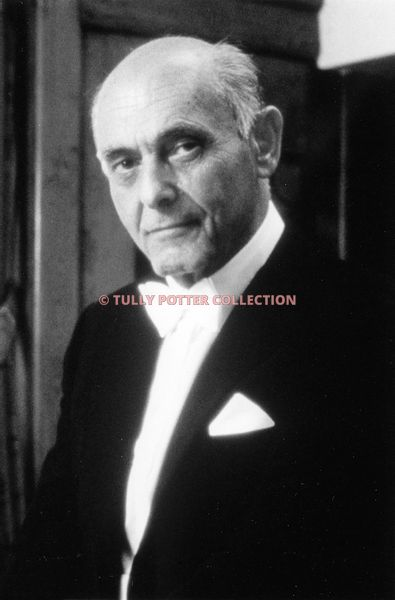 T16849_Sir_Georg_Solti_Hungarian_pianist_conductor