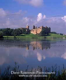 Image - Linlithgow Palace and Loch, West Lothian, Scotland