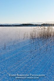 Image - Ice covered Lake of Menteith, Scotland
