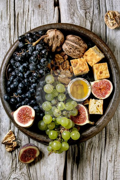 Wine appetizers with grapes