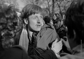 #70453,  Police and protestors clash in Grosvenor Square.  Anti-Vietnam war demonstration march from Trafalgar Sq to Grosveno...