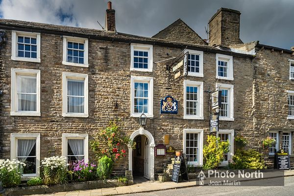 ASKRIGG 10A - Kings Arms Hotel