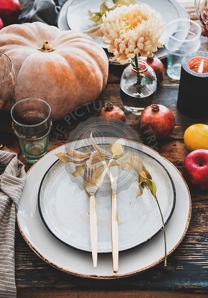 Fall table setting for Thanksgiving day party or family gatherting