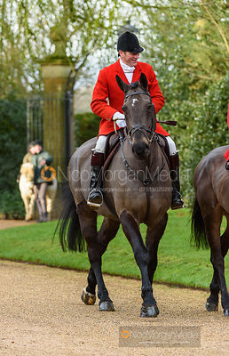 Major Tim Brown at the meet. The Cottesmore Hunt at Pickwell 31/12