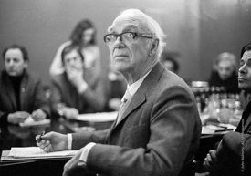 #77198  Sir Ove Arup, structural engineer, Council meeting, Architectural Association School of Architecture, London  1975.