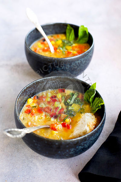 Roasted Pepper Basil Yellow Split Pea Soup
