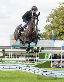 Ben Hobday and HARELAW WIZARD - Show jumping and prizes - Land Rover Burghley Horse Trials 2019