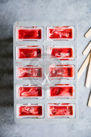 Strawberry rhubarb pie à la mode popsicles have strawberry rhubarb compote layered up with luscious vanilla bean cream and cr...
