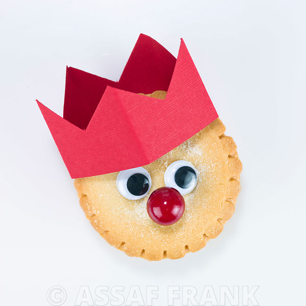 Mince pie with a hat