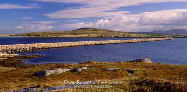 Image - Causeway connecting North Uist and Berneray, Na h-Eileanan Siar, Scotland