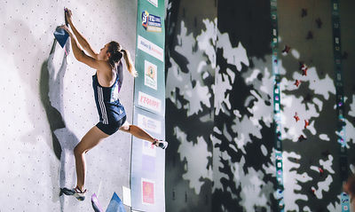 QUALIF_WOMEN_BOULDER_WOMEN_AgenceKros_RemiFabregue-27