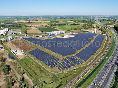 Geldermalsen, solar park Avri, with some 34,000 solar panels, is largely financed by residents of Geldermalsen through crowdf...