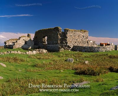 Image - Teampall na Trionaid (Trinity Temple), Cairnish, North Uist, Na h-Eileanan Siar, Scotland