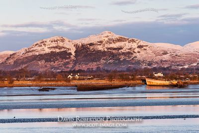 Image - Dumyat and the Ochil hills across the River Forth