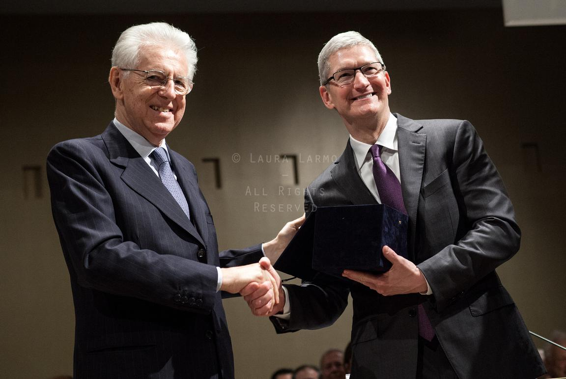 MILAN, ITALY – NOVEMBER 10, 2015: Apple CEO Tim Cook was the keynote speaker at the Bocconi University academic year opening ...