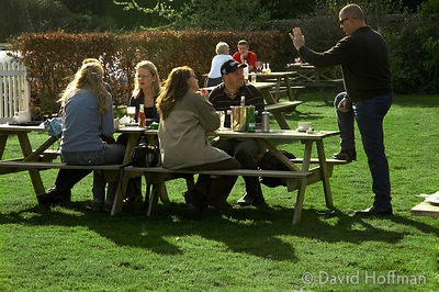 A spring afternoon in a country pub garden. Shipbourne, Kent.