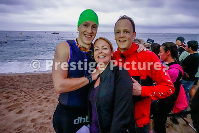 DAVÍÐ AÐALSTEINSSON from Iceland with his family before starting his Ironman Barcelona event in Spain