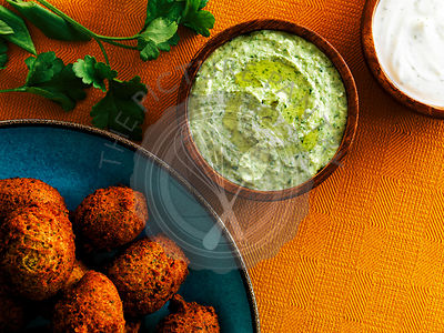 Falafels with creamy dips