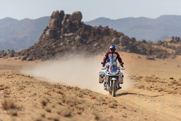 20YM_AfricaTwin_L4_Location_2915