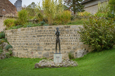Memorial commemorating the victims of the Nazis in World War II. It is located at the within the Citadel of Besancon where th...