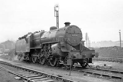 PHOTOS OF HUGHES 6P5F 'CRAB' CLASS 2-6-0 STEAM LOCOS