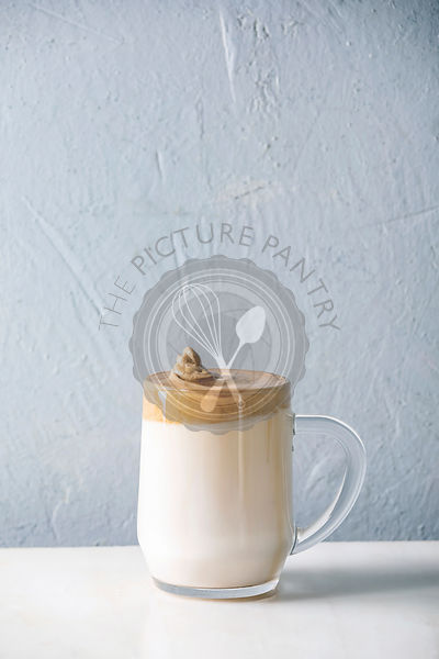Dalgona frothy coffee