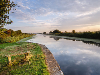 Blissful_calm_-_Exeter_Canal_